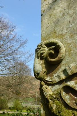 Hogg Memorial, sheep 2