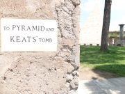 Keats 01 Cimitero Acattolico sign