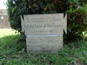 Shelley Cimitero Acattolico sign